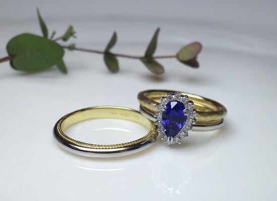 結婚指輪と婚約指輪の重ね付け