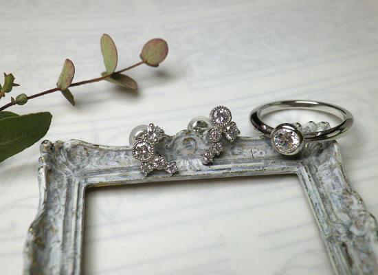 ダイヤモンドの指輪とピアス
