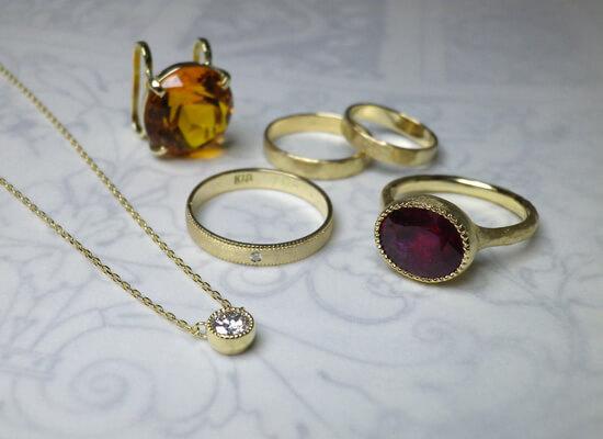 結婚指輪やダイヤネックレスのジュエリーリフォーム