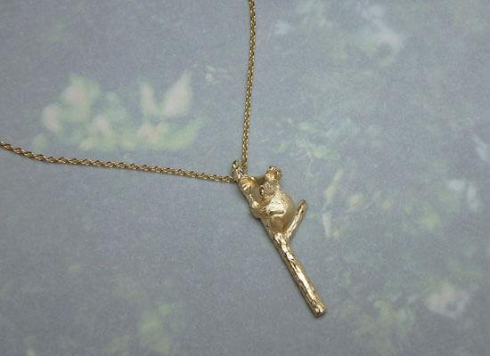 コアラのイエローゴールドのネックレス