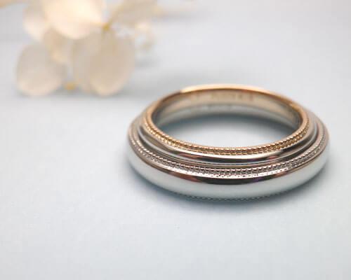 ミル打ちの結婚指輪のペア