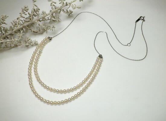 プラチナのパール2連ネックレス