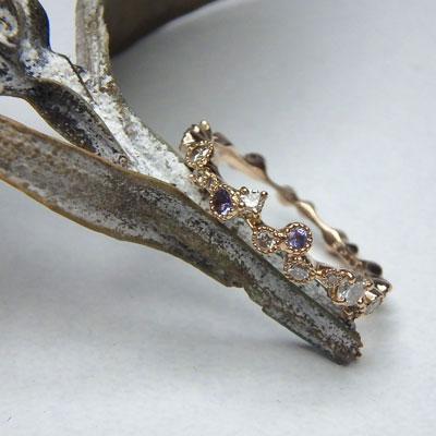 ご夫婦の誕生石がはいった婚約指輪
