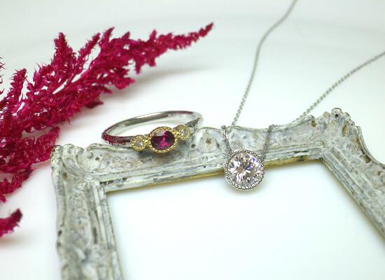ルビーの指輪とミル打ちのダイヤネックレス